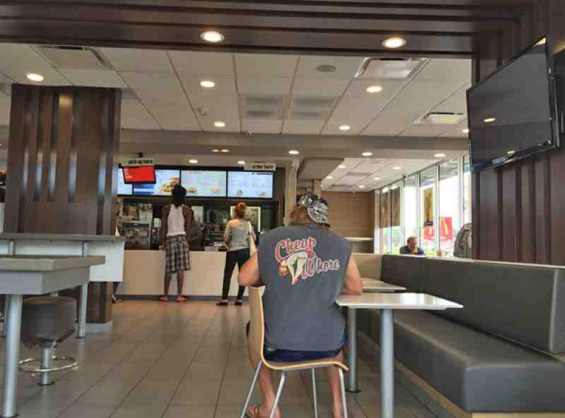 Review Of Mcdonald 39 S 33301 Restaurant 300 E Sunrise Blvd